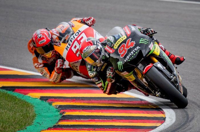 Jonas Folger sempat memberi perlawanan sengit pada Marc Marquez di MotoGP Jerman 2017