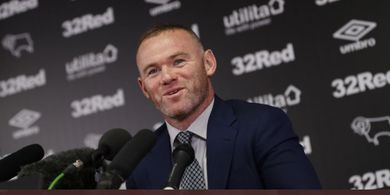 Tottenham Hotspur Pecat Jose Mourinho, Wayne Rooney Sebut Gila!
