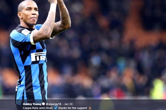 Pemain anyar Inter Milan, Ashley Young.