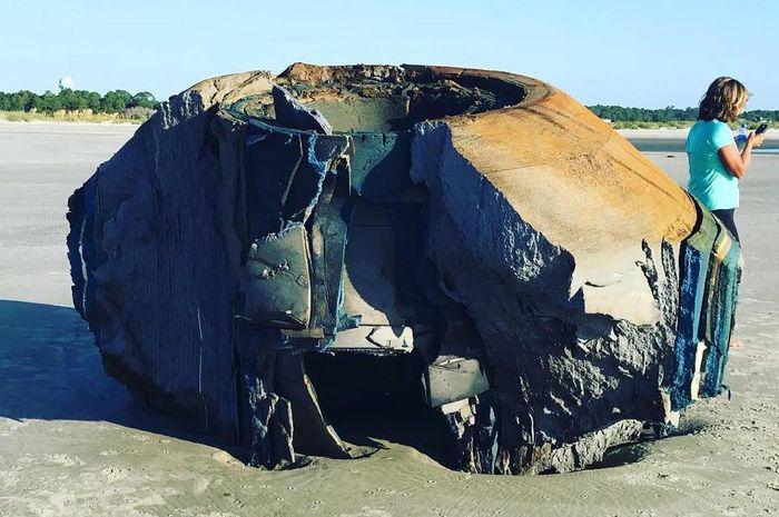 Benda misterius di Pulau Seabrook