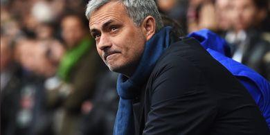 Jawaban Kocak Jose Mourinho Soal Namanya yang Tak Disebut di Buku Arsene Wenger