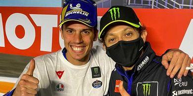 Tak Ada Dendam, Valentino Rossi Beri Hadiah ke Joan Mir Usai Jadi Juara MotoGP 2020