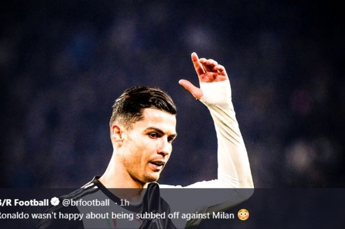 Ekspresi megabintang Juventus, Cristiano Ronaldo, dalam laga kontra AC Milan di Allianz Stadium, Minggu (10/11/2019).