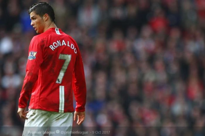 Megabintang Juventus, Cristiano Ronaldo, saat masih membela Manchester United.