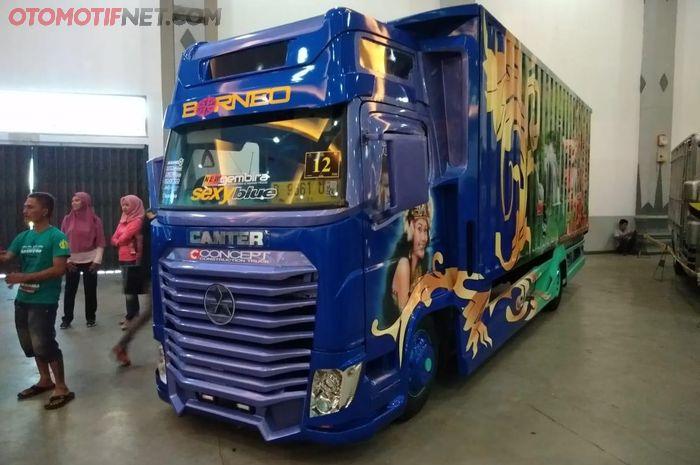 Modifikasi Mobil Canter Bus