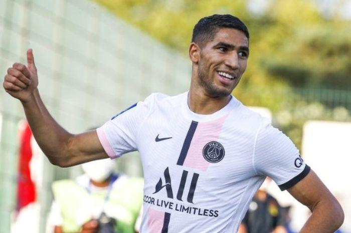 Bek sayap kanan Paris Saint-Germain, Achraf Hakimi.