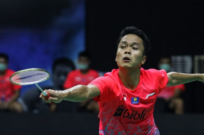 Pebulu tangkis tunggal putra Indonesia, Anthony Sinisuka Ginting, tampil pada Simulasi Piala Thomas 2020 di Cipayung, Jakarta, Rabu (2/9/2020)