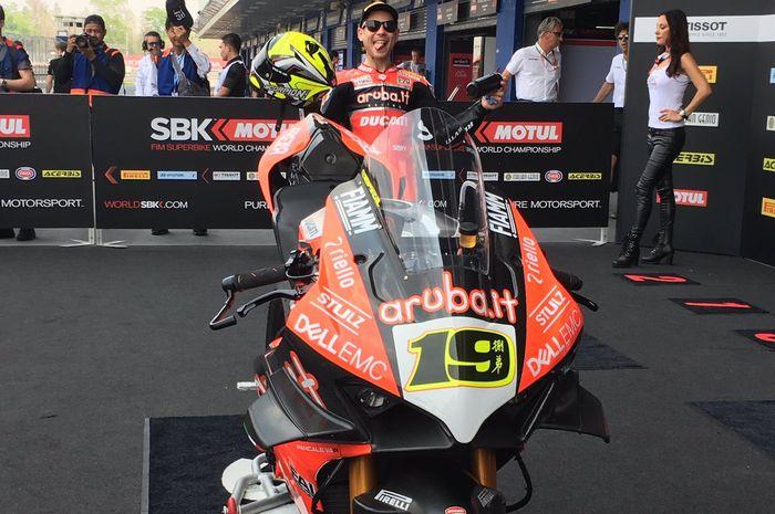 Kejutan Alvaro Bautisa berlanjut di Superpole Race WSBK Thailand yang berhasil jadi juaranya