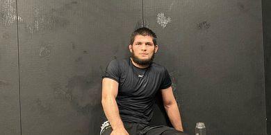 Susah Payah Menang di UFC 254, Khabib Kini Merasa Diremehkan