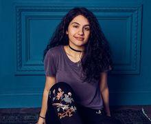 14 Fakta Menarik Penyanyi Alessia Cara yang Mungkin Belum Kita Tahu