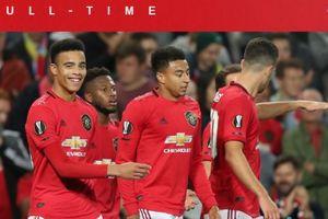 Gagal! Pendukung Manchester United Kibarkan Spanduk untuk Ed Woodward