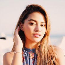 Upload Story di Instagram, Aurel Hermansyah Tampil Cantik dengan Riasan Nuansa Pink