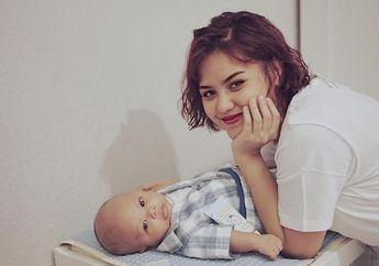 Mytha Lestari Menjemur Bayinya, Berikut Pedoman Menjemur Bayi Baru Lahir Menurut Pakar