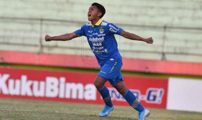 Pemain Persib Bandung, Febri Hariyadi Rayakan Gol ke Gawang Persipura Jayapura dalam laga lanjutan pekan 20 Liga 1 2019 di Stadion Gelora Delta, Senin (23/9/2019)