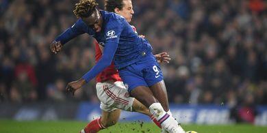 4 Transfer yang Chelsea Dapat Lakukan Setelah Abraham Cedera