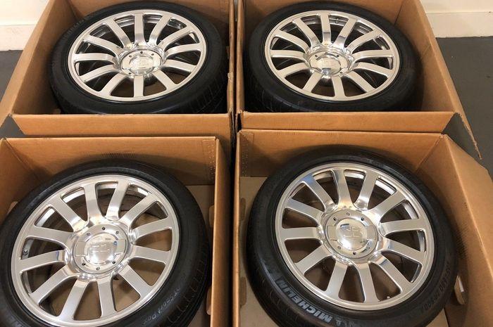 Satu set pelek Bugatti Veyron yang dibanderol dengan harga hampir Rp 1,3 miliar