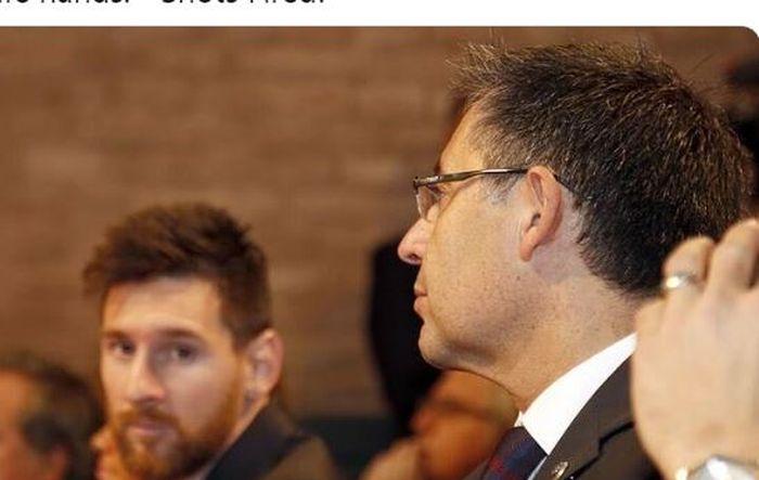 Kapten Barcelona, Lionel Messi, menatap ke arah Josep Maria Bartomeu.