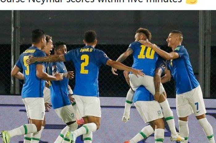 Para pemain timnas Brasil merayakan gol Neymar dalam laga Kualifikasi Piala Dunia 2022 Zona Amerika Selatan kontra timnas Paraguay di Stadion Defensores del Chaco, Selasa (8/6/2021).