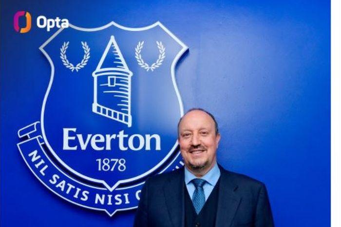 Rafa Benitez resmi ditunjuk Everton sebagai pelatih anyar.