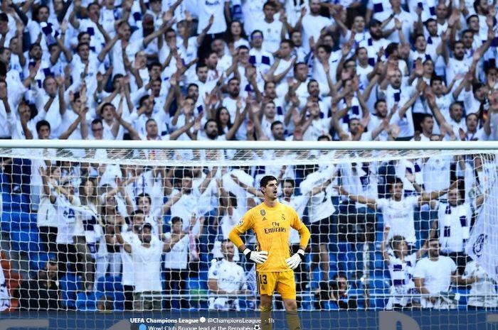 Kiper Real Madrid, Thibaut Courtois, dalam laga kontra Club Brugge di Estadio Santiago Bernabeu pada Selasa (1/10/2019).