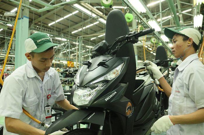 Perakitan New Honda BeAT Sreet eSP