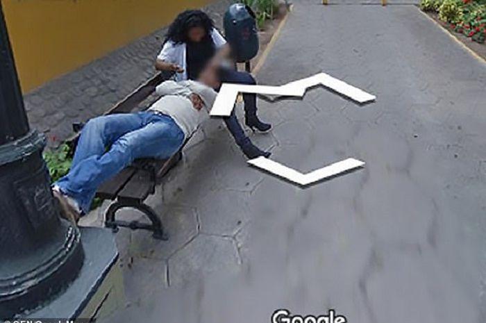 Seorang laki-laki menceraikan istrinya setelah ketahuan selingkuh lewat google maps
