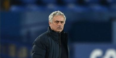 RESMI - Jose Mourinho Dipecat Tottenham Hotspur