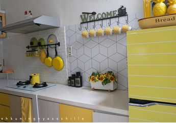 Desain Dapur Serba Kuning, Contek dari @Rumahkuningnyasachilla!