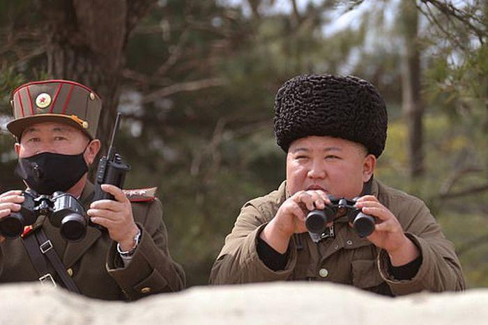Kim Jong Un melarikan diri dari ibukota Korea Utara untuk menghindari virus corona
