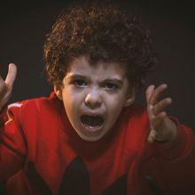 Moms Harus Tahu, Berikut Cara Menghadapi Perilaku Agresif Anak