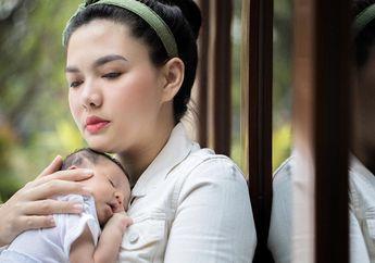 Vicky Shu Gunakan Botol Susu sebagai Media Pemberian ASIP, Bolehkah Dilakukan?