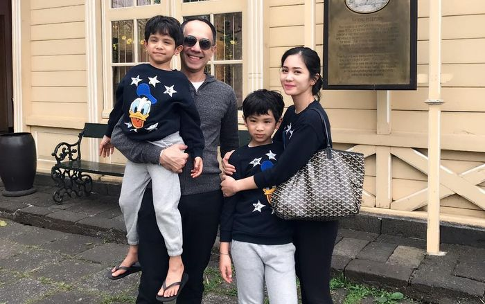Kisah rumah tangga Bunga Zainal