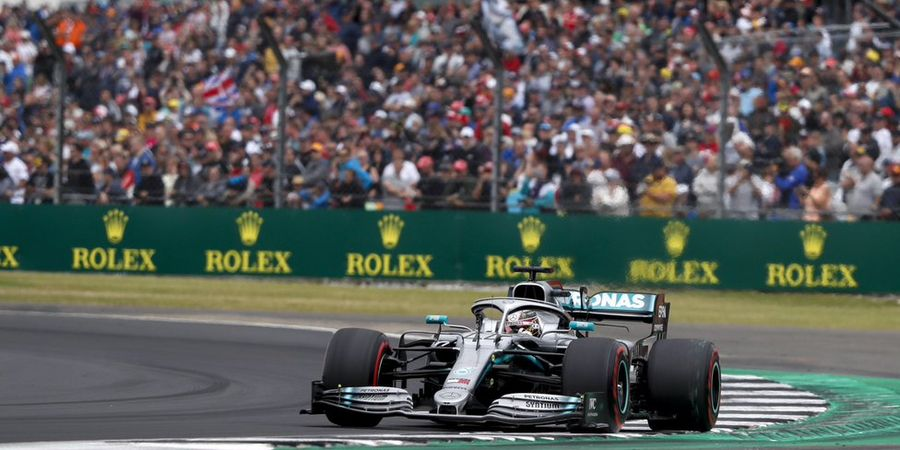 Charles Leclerc Tak Dijatuhi Penalti, Lewis Hamilton Kecewa