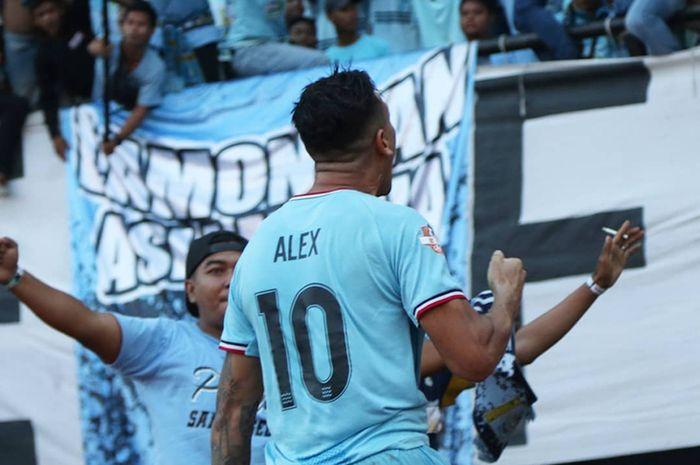 Striker Persela Lamongan di Liga 1 2019, Alex Dos Santos Goncalves.