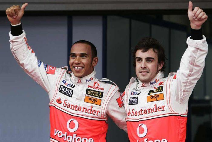 Lewis Hamilton dan Fernando Alonso ketika memperkuat tim McLaren pada musim balap F1 2007