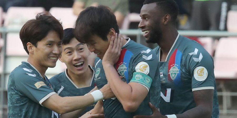 Video Lucu Pemain Korea Cetak Gol dengan Wajahnya