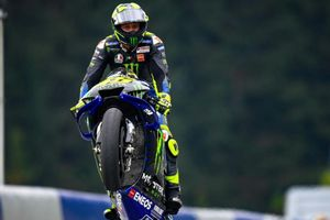 Terungkap, Sikap Lalai Valentino Rossi yang Bikin Positif Covid-19