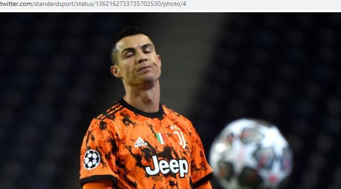 Ekspresi megabintang Juventus, Cristiano Ronaldo, dalam laga leg pertama babak 16 besar Liga Champions kontra Porto di Estadio Do Dragao, Rabu (17/2/2021).