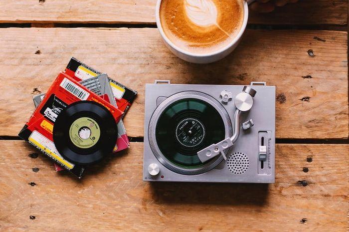 Turntable mini buatan Crosley yang akan rilis pada Record Store Day 2019