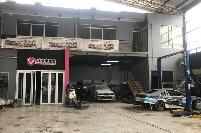 Area bengkel Exclusive Auto Garage