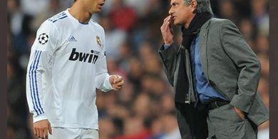 Kala Cristiano Ronaldo Hampir Dibikin Mewek Jose Mourinho di Real Madrid