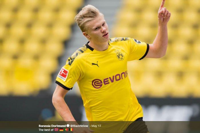 Penyerang Borussia Dortmund, Erling Haaland, melakukan selebrasi.