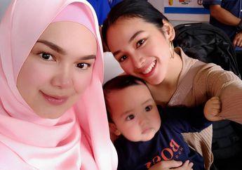 Hampir Masuk Ember, Begini Tingkah Lucu Cucu Siti Nurhaliza Saat Cuci Mobil!