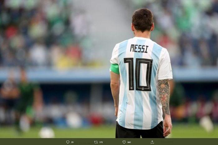 Megabintang timnas Argentina, Lionel Messi, dalam laga melawan timnas Prancis pada babk 16 besar Piala Dunia 2018.