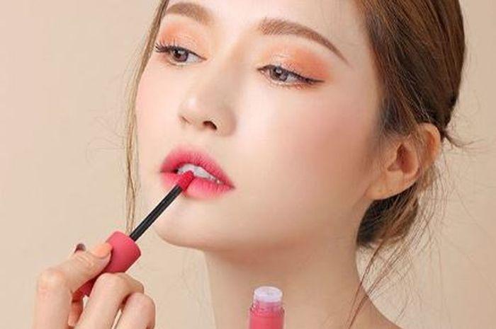 Pilihan Lip Tint Lokal yang Tahan Lama Untuk Remaja di Bawah 50 Ribu -  Semua Halaman - Stylo