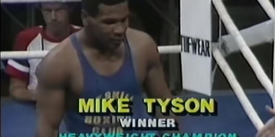 VIDEO - Mike Tyson Umur 15 Tahun, KO Lawan Kurang dari 10 Detik!