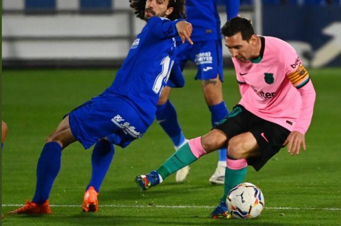 Megabintang Barcelona, Lionel Messi, dalam laga kontra Getafe pada Sabtu (17/10/2020).