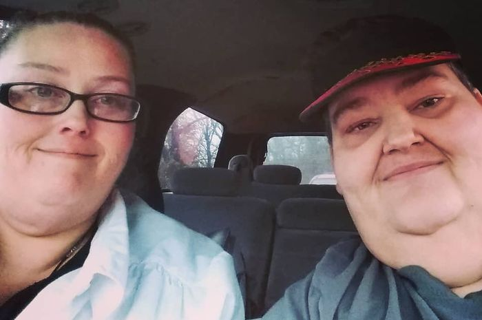Pasangan Lee Sutton (kanan) dan Rena Kiser.