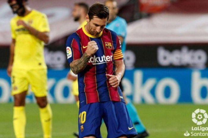 Selebrasi megabintang Barcelona, Lionel Messi, saat cetak gol ke gawang Villarreal dalam pertandingan Minggu (27/9/2020).
