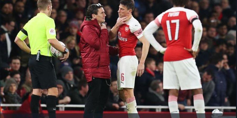 Minta Dijual Arsenal, Laurent Koscielny Pasang Foto Copot Ban Kapten